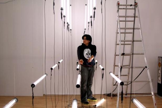 cl0c-kinetische-licht-installation-peter-kirn_013