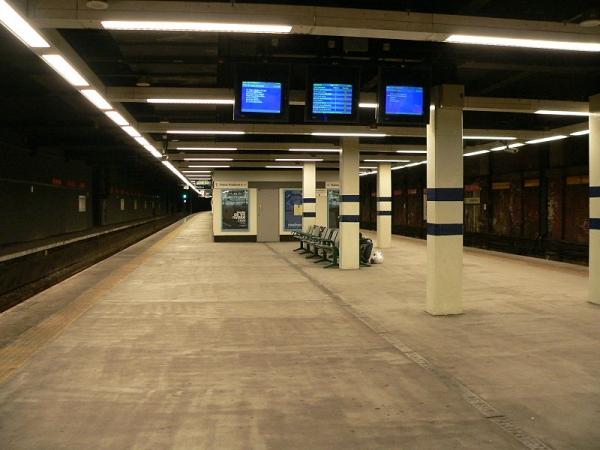 800px-sunderland_station_metro_platforms